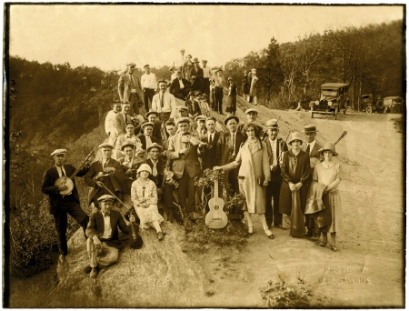 Fiddlers' Convention at Blowing Rock, North Carolina, circa 1925. Photo by J. M. Bawgus. From the collection of Marshall Wyatt. Used by permission.